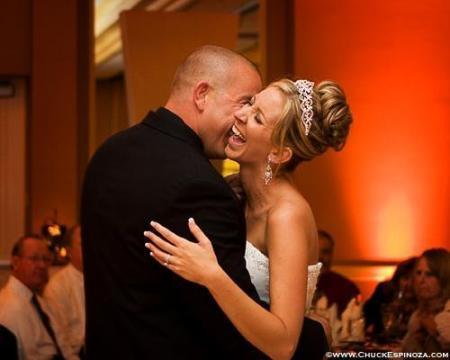 newlyweds-embracing-chuckespinoza-photo
