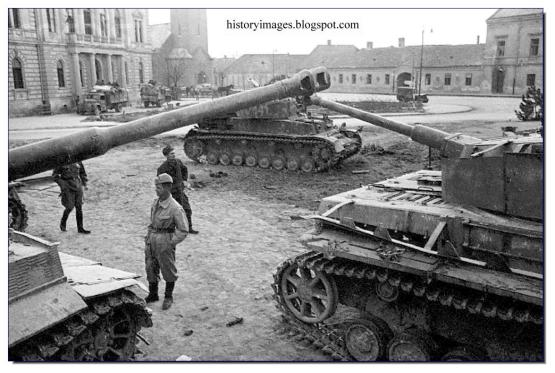 WWII-tanks-in-Yugoslavia