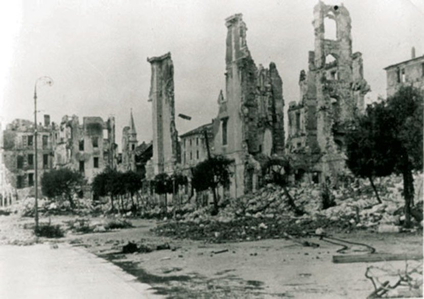 Belgrade-bombed-out.WWII