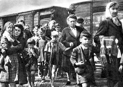 WWII-refugees-fleeing-Yugoslavia