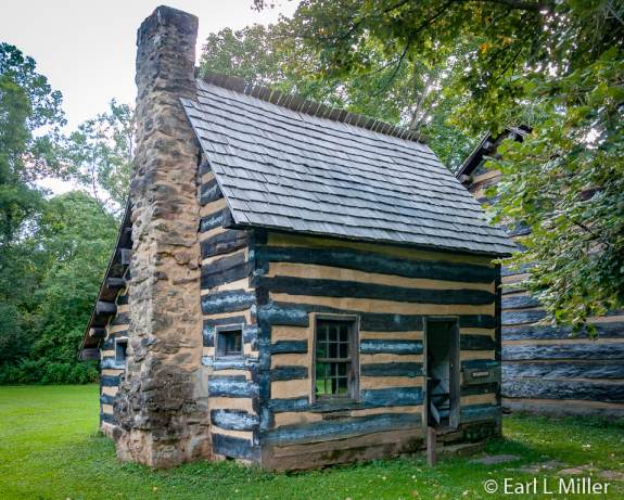 log-cabin.similar-to-Moravian-style-cabin