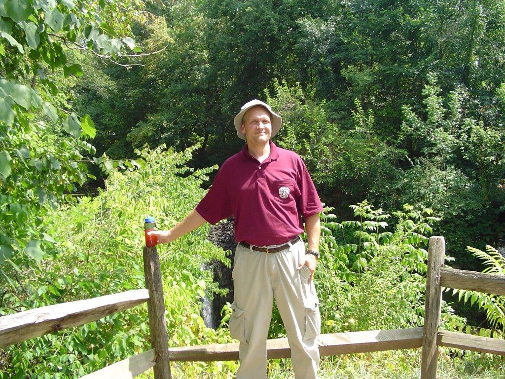JJSJ-Ohio.AD2005-foresthike